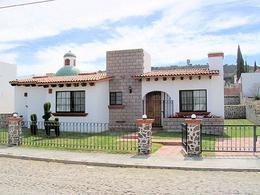 Foto Casa en Renta en  Tequisquiapan ,  Querétaro  Casa con amplio y bello jardín