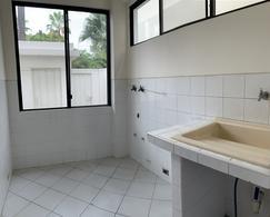 Foto Casa en Venta en  Samborondón ,  Guayas  VENTA DE VILLA KM 8.5 VÍA SAMBORONDÓN