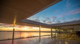 Foto Terreno en Venta en  Puertos del Lago,  Countries/B.Cerrado (Escobar)  Lote Al Lago / Puertos