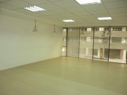 Foto Oficina en Venta en  Centro Norte,  Quito  Catalina Aldaz y Portugal