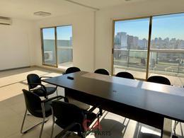 Foto Oficina en Venta en  Parque Patricios ,  Capital Federal  Av. Caseros al 3300