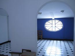 Foto Edificio Comercial en Venta en  Microcentro,  Centro (Capital Federal)  Hipólito Yrigoyen al 900