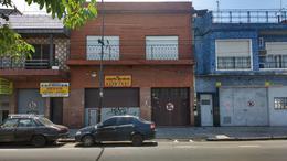 Foto Local en Venta en  Lanús ,  G.B.A. Zona Sur  AV. RIVADAVIA 500