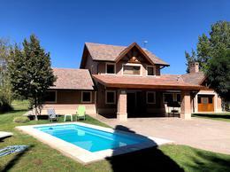 Foto Casa en Venta en  Valentina Norte Rural,  Capital  Comahue Golf Club - Barrio Privado