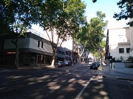 Foto Apartamento en Venta en  Centro (Montevideo),  Montevideo  Canelones al 1100