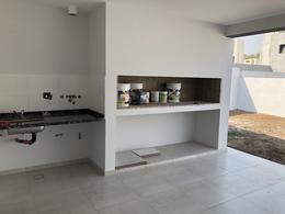 Foto Casa en Venta en  Miradores de Manantiales,  Cordoba Capital  Casa Miradores de Manantiales