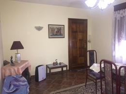 Foto Casa en Venta en  Piedras Blancas ,  Montevideo  Casa de 4 dormitorios en venta en Piedras Blancas