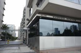 Foto Oficina en Alquiler en  Puerto Madero ,  Capital Federal  Madero Center - Juana Manso 500 5 B C F