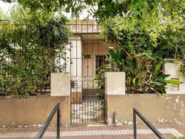 Foto Casa en Venta en  Lanús Este,  Lanús  Guidi al 300