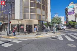 Foto Local en Alquiler en  Belgrano ,  Capital Federal  Av. Cabildo al 1700
