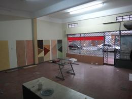 Foto Local en Alquiler en  Villa Ballester,  General San Martin  Almirante Brown al 3100 e/ Artigas y Belgrano