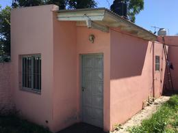 Foto PH en Alquiler en  Ezeiza ,  G.B.A. Zona Sur  DERQUI 335