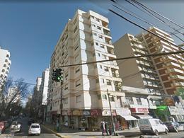 Foto Departamento en Alquiler en  Lomas de Zamora Oeste,  Lomas De Zamora  Sarmiento 5 4ºA