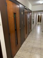Foto Departamento en Venta en  Microcentro,  Centro (Capital Federal)  Viamonte al 600