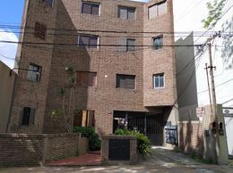Foto Departamento en Alquiler en  Policlinico,  La Plata  118 e/ 65 y 66