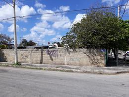 Foto Terreno en Venta en  Manuel Avila Camacho,  Mérida  Terreno en venta de 1,074 m2 con frente a tres calles en Colonia Avila Camacho