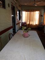 Foto Casa en Venta en  Hurlingham ,  G.B.A. Zona Oeste  Dolores de Huici al 3100- Williams Morris - Hurlingham-