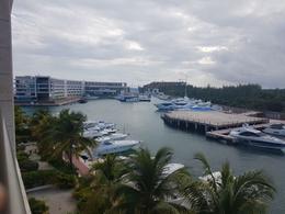 Foto Departamento en Venta en  Puerto Juárez,  Cancún  Departamento en venta con vista a la Marina