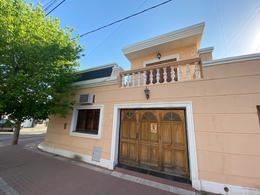 Foto Casa en Venta en  Colon,  Cordoba Capital  Castilla al 2300