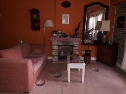 Foto Casa en Venta en  La Lucila-Vias/Maipu,  La Lucila  Catamarca al 4000