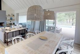 Foto Casa en Alquiler | Alquiler temporario en  Barrio Costa Esmeralda,  Pinamar  Dragonfly - Golf II - Lote 375