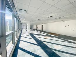 Foto Oficina en Alquiler en  Puerto Madero ,  Capital Federal  Madero Center - Juana Manso 500 5C
