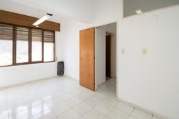 Foto Casa en Venta en  Paso De Los Andes,  Cordoba  montevideo al 1100