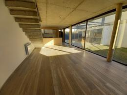 Foto Casa en Venta en  Jardin Claret,  Cordoba  DE LOS EMILIANOS al 300 - POSESION INMEDIATA -