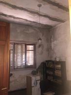 Foto Casa en Venta en  Centro De Lujan,  Lujan  Alsina Nº 851