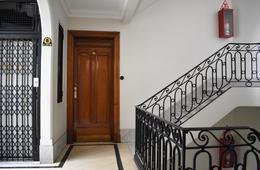 Foto Oficina en Alquiler en  Monserrat,  Centro (Capital Federal)  Av.Rivadavia al 700 2°D