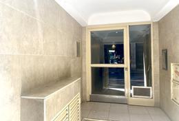 Foto Departamento en Venta en  Congreso ,  Capital Federal  Montevideo al 100
