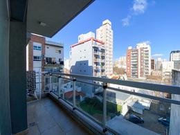 Foto Departamento en Alquiler en  Quilmes,  Quilmes  Alvear al 400