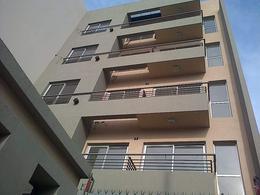 Foto Departamento en Venta en  Moron ,  G.B.A. Zona Oeste  Belgrano al 900