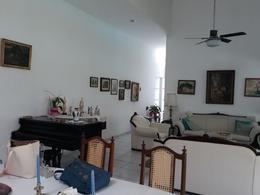 Foto Casa en Venta en  Privada Chuburna de Hidalgo,  Mérida  Casa de una planta con piscina en privada