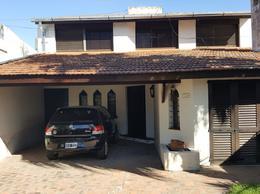 Foto Casa en Venta en  Adrogue,  Almirante Brown  ENRIQUE PY Nº 364