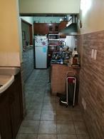 Foto thumbnail Casa en Venta en  Hurlingham ,  G.B.A. Zona Oeste  (Of 2019) Andoegui al 2700