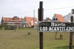 Foto Terreno en Venta en  Los Acantilados,  Mar Del Plata  al 500