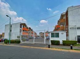Foto Departamento en Renta en  Santa Cruz del Monte,  Naucalpan de Juárez  Tule Edificio 2 Depto 2 Privada Villa de Las Fuentes