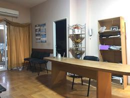 Foto Departamento en Venta | Alquiler en  Adrogue,  Almirante Brown  CANALE  985