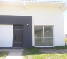 Foto thumbnail Casa en Alquiler en  Tafi Viejo ,  Tucumán  Country Loma Linda