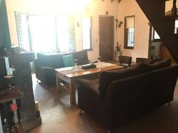 Foto thumbnail Casa en Venta en  Barrio Parque Leloir,  Ituzaingo  Av. Udaondo al 4200