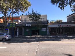 Foto Local en Alquiler en  Unión ,  Montevideo  8 DE 0CTUBRE y Lindoro Forteza