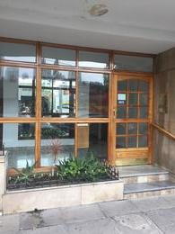 Foto Departamento en Venta en  Lomas de Zamora Oeste,  Lomas De Zamora  Italia al 200