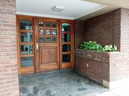 Foto Departamento en Venta en  General San Martin ,  G.B.A. Zona Norte  Felix Ballester al 2200