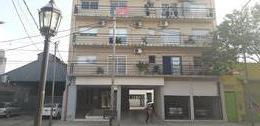 Foto Departamento en Venta en  Tigre,  Tigre  Italia 1107 Tigre