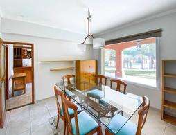Foto Casa en Venta | Alquiler en  Saint Thomas,  Countries/B.Cerrado (E. Echeverría)  Venta / Alquiler Anual -  Casa en Saint Thomas Norte