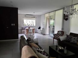 Foto Casa en Venta en  Adrogue,  Almirante Brown  ADROGUE CHICO
