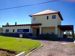 Foto Casa en Venta en  Barrio Privado,  Canelones  Barrio Privado