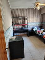 Foto Casa en Venta en  Lomas De Zamora,  Lomas De Zamora  Saenz 1180