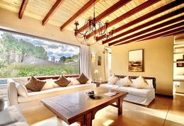 Foto Casa en Venta | Alquiler temporario en  La Arbolada,  Jardines de Cordoba  La Arbolada